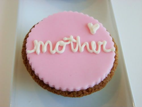 {Mother's Day cupcake idea}