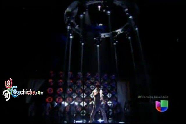 Presentación de @ricky_martin en @PremiosJuventud 2013 #Video - Cachicha.com