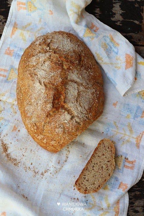 Powoli i miarowo znów zaczynam wchodzić w rytm pieczenia domowego chleba. W tym tygodniu to już drugi z moich bochenków. Dark sil...
