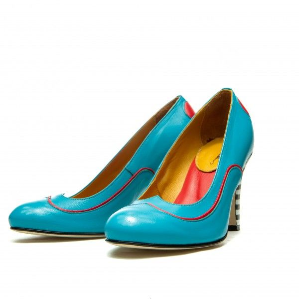Full leather upper, lining and sole. Turquoise and red sheep leather Black & White striped heel. Covered heel measures approximately 85 mm/ 3.3 Inches Heart shaped cut vamp Rounded toe, handmade Slip on Size: 36, 37, 38, 39, 40, 41 EU size