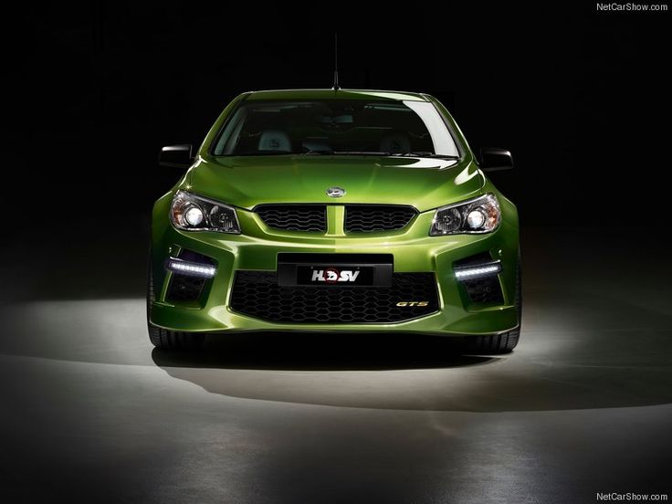 HSV-Gen-F_GTS_Maloo_2015_Front_ Angle