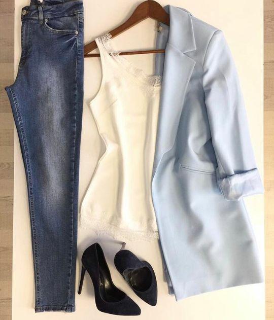Kadın modası.. işe giderken.. Kadın Modası http://turkrazzi.com/ppost/401946335482723140/ Kadın Modası #womenfashion http://turkrazzi.com/ppost/689332286685725087/