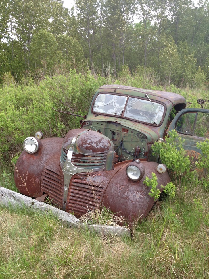 Rusty Dodge Truck >> 1940's Dodge truck | Vintage Engine | Pinterest | Dodge trucks, Cars and Rusty cars