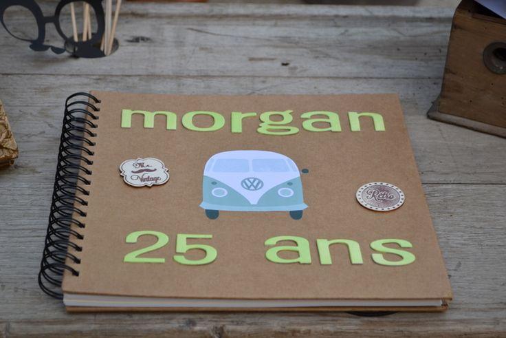 25 ans anniversaire rétro combi vert d'eau, gris, blanc vinyl, décoration de table, livre d'or