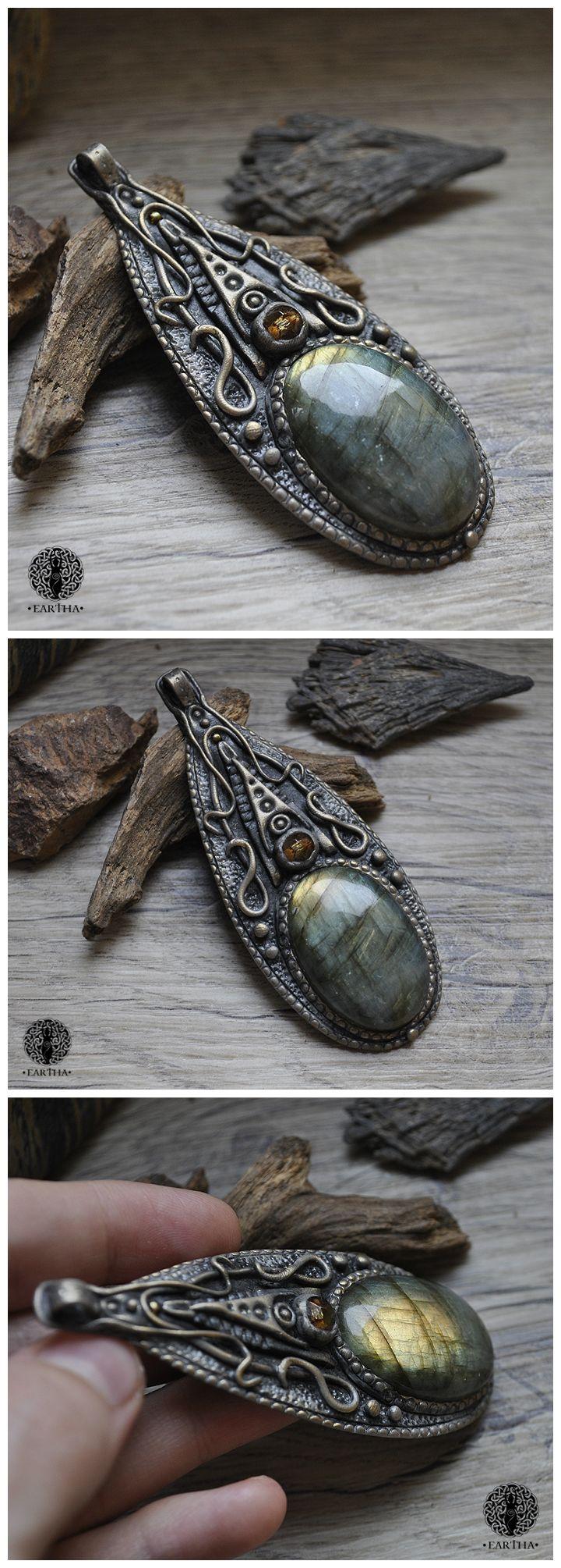 Eartha Creations handmade jewelry. Fantasy & unique design and stones! #jewelry #handmade #unique #fantasy #moon  #labradorite #spiritual #spirit #ooak #medieval #magical