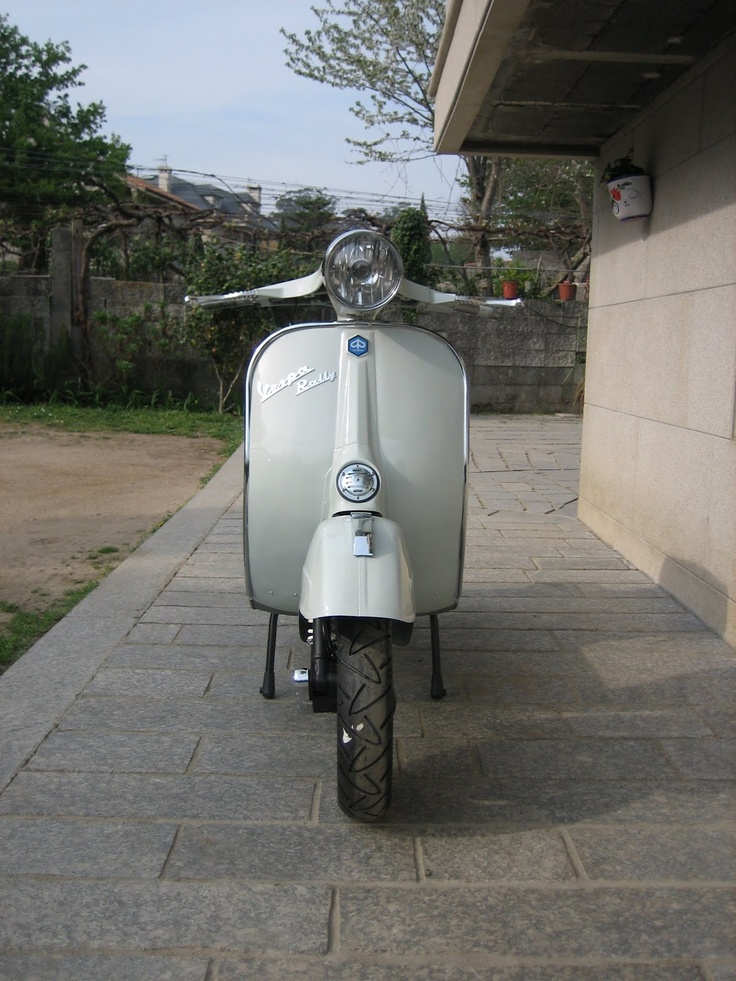114 best vespa rally only images on pinterest rally. Black Bedroom Furniture Sets. Home Design Ideas