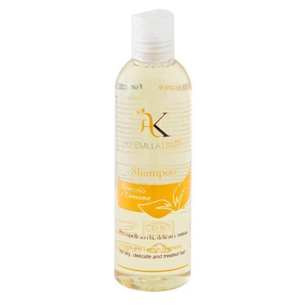 Shampoo Bio Arancio e Limone. Shampoo con vitamina C come elisir di bellezza, ideale per capelli secchi, delicati e trattati. Arancio e limone in sinergia per fortificare i capelli spenti e sfibrati donando forza, corposità e lucentezza.
