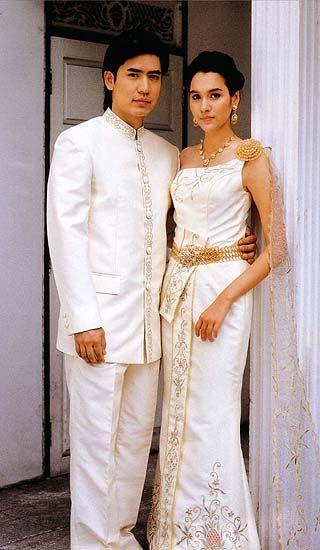 Siamweddingdresses.com, Bangkok, Thailand - Thai-style wedding dresses & suits - online shopping