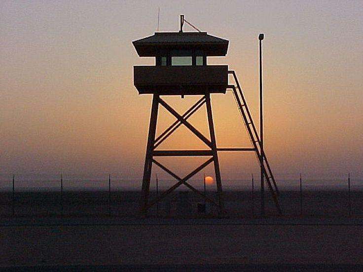 saudi_guard_tower.jpg (800×600)