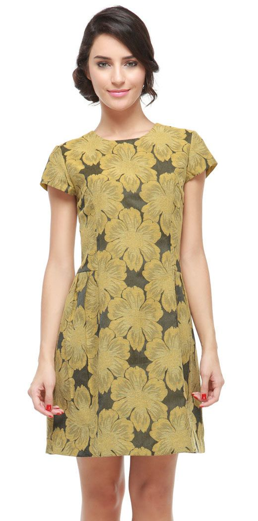 Get a modern party look with this Floral Dress, available in bright rose and holiday gold colors. Pair it up with your favorite heels shoes for the best look. http://zocko.it/LDcHc