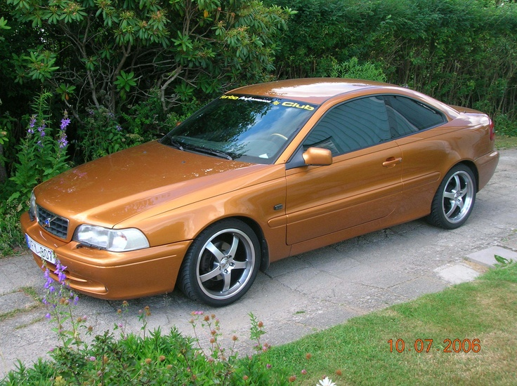 C70 T5 car - Color: Orange  // Description: amazing