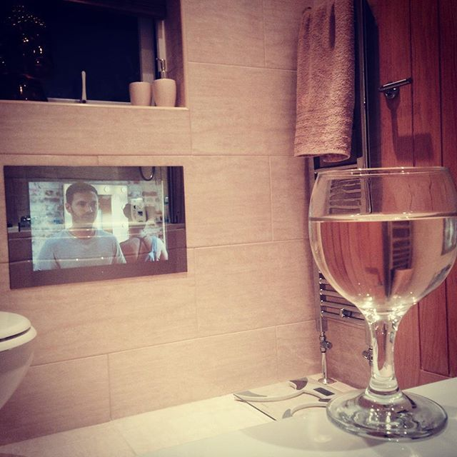 Bathroom television with wine! The perfect evening. #bathroom #bathroomtv