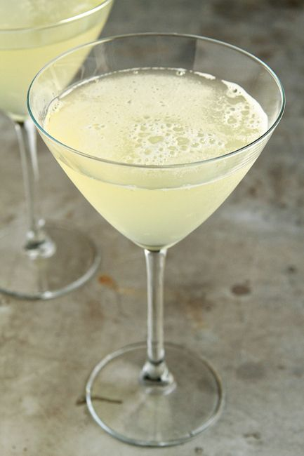25 best ideas about pineapple infused vodka on pinterest for Flavored vodka martini recipes