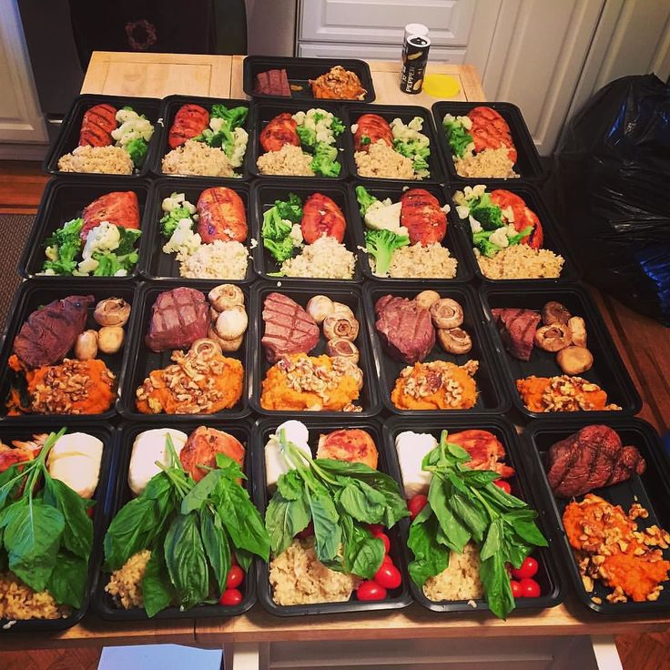 """Who's excited for #mealprepsunday tomorrow??! We are!!! Here's a sweet meal prep prepared by @wazzusteve ... great job sir  """" 4th week on meal prep plan. Favorite combo is the half chicken breast caprese salad and brown rice. This week turned my sweet potatoes into a casserole """"  Head on over to our site Mealprepster.com and get started with creating a good habit in meal prepping!  Remember to tag us in your meal preps using #mealprepster for a chance to get featured!!! #preplife…"""