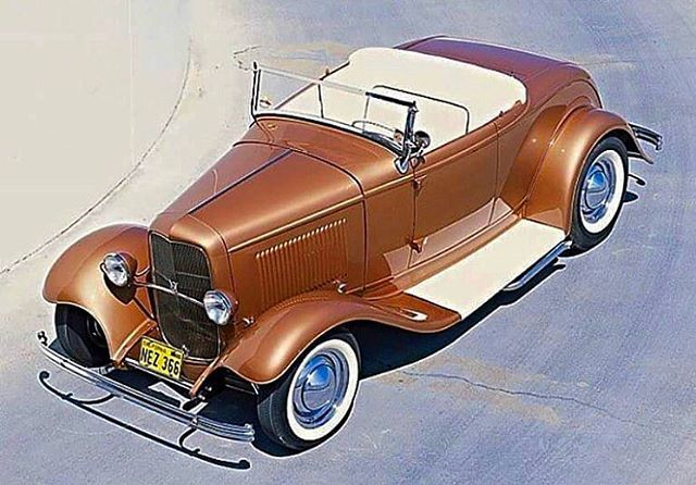 swensons_early_fords It's Friday! #fullfenderedforever #fullfenderedfriday #hotrod #hopup #earlyford #roadster #beaniecaps