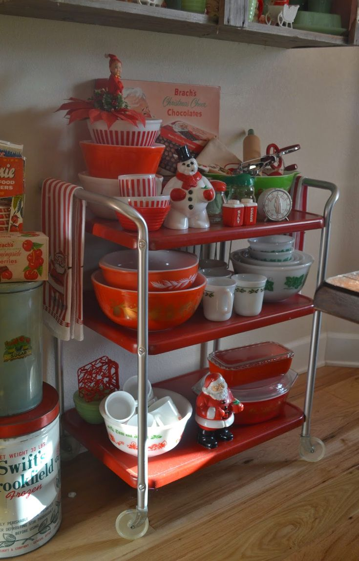 The adventures of two (Pyrex crazy) thrifting sisters........: Merry Christmas!!