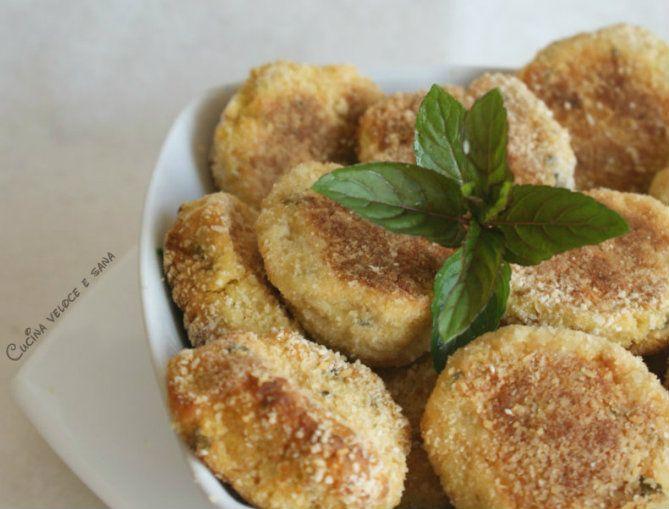 Crocchette di patate e ricotta con erbette aromatiche