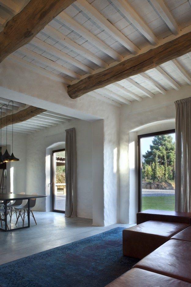 Country house renovation by MIDE architetti - MyHouseIdea