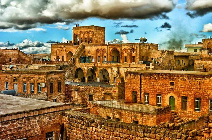Midyat - Mardin / Turkiye photo by Orhan Kartal