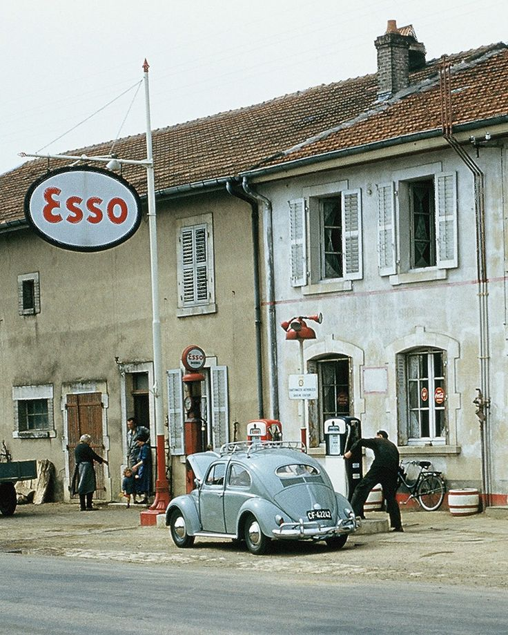 old gas stations | MOTORCYCLE 74: Petromobilia - Vintage gas stations