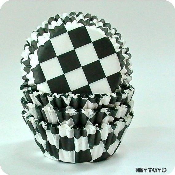 Perfect for a race car party.Cupcake Liners, Cupcakes Liner, White Checkerboard, Cars Parties, Birthday Parties, Racing Cars, Parties Ideas, Checkerboard Cupcakes, Birthday Ideas
