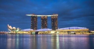 #1 Marina Bay Sands Singapore | Meeting Rooms: 250 | Sleeping Rooms: 2,561 | Total Meeting Space: 9,300