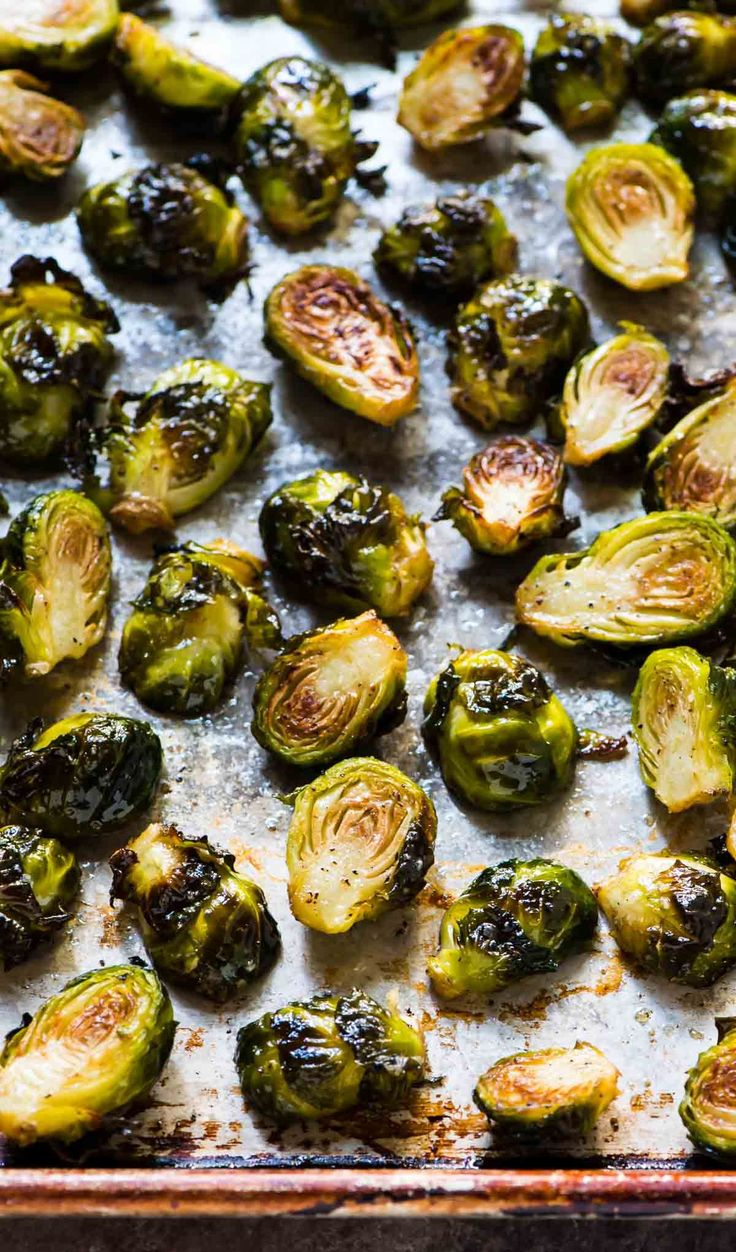 These oven Roasted Brussels Sprouts make the BEST healthy side dish! They're…   – Food – Vegetable Sidedishes