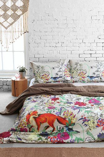 Plum  Bow Forest Critter Duvet Cover - Urban Outfitters