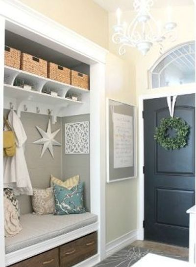 14 best Entrée images on Pinterest Attic spaces, Closet storage