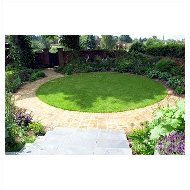 brick circular lawn