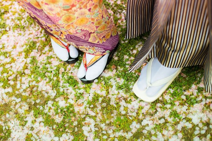 Pre-wedding photo shoot with cherry blossoms in Osaka, Japan