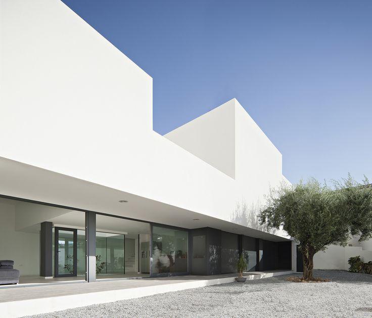 Gallery of Single Family House with Garden / DTR_Studio Arquitectos - 1