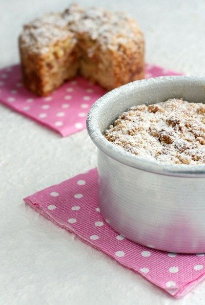 Crumble Cake with Ricotta and Amaretti