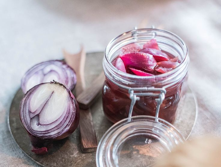 Christmasfood, love that colour of pickled red onion!  Christmasinspiration  Foodstyling made by Hanna Juhala, photoshooting by LEMPIvisions.  www.lempivisions.com