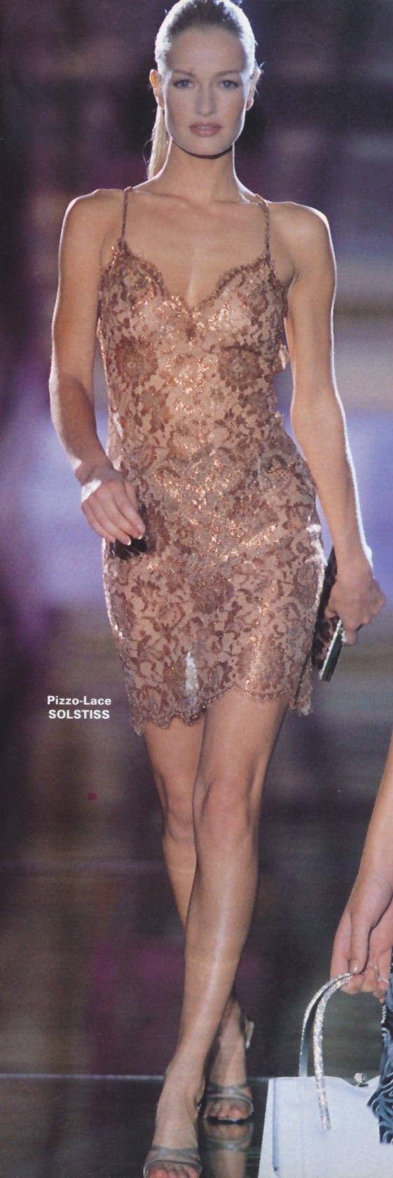 Karen Mulder, Versace. 1995/96