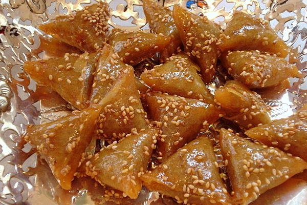 Briwats met pinda's en  sesamzaadjes #marokko