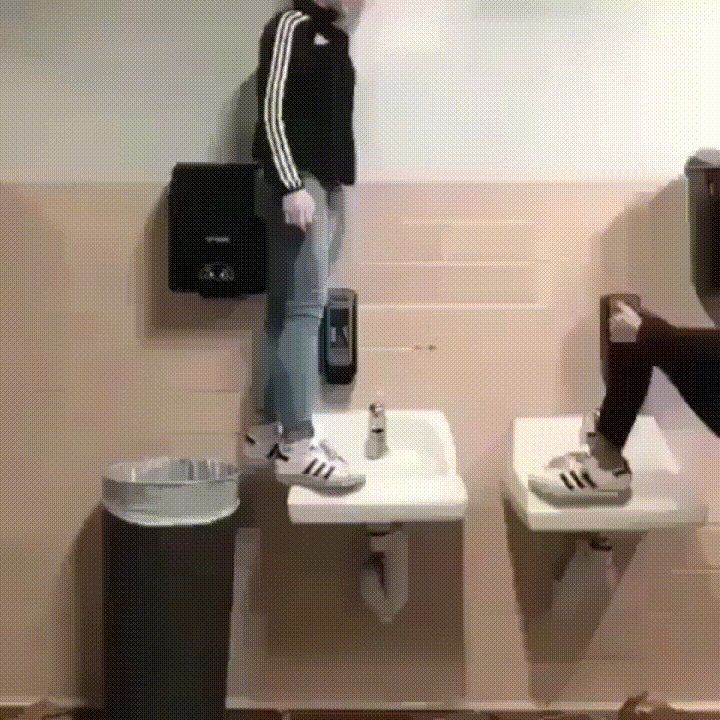 Standing on Sinks (x-post from /r/whatcouldgowrong)