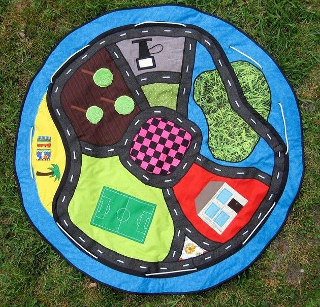 Sac a jouets tapis de voiture par Zoopy - thread&needles