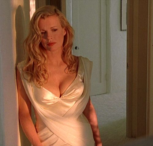 """Kim Basinger in """"L.A. Confidential"""" (1997) Best Supporting Actress Oscar 1997"""