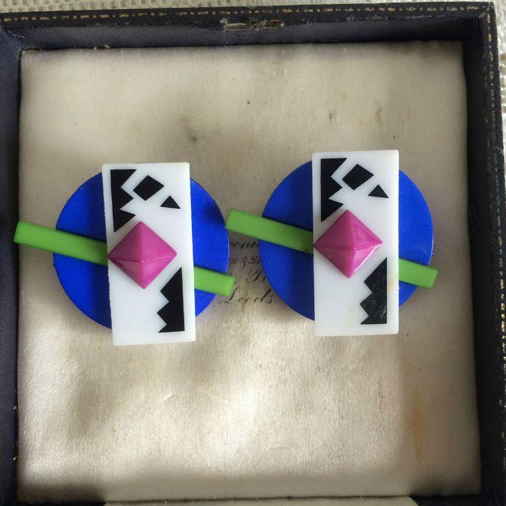 Mint Vintage 80s Buch Deichmann Denmark Two Tone Plastic Geometric Clip Earrings | eBay