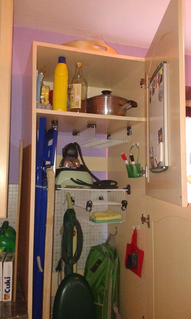 Il mondo di Tabitha - Creatività ad uncinetto: Da frigorifero a porta-scopa