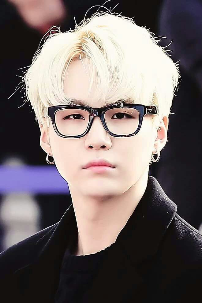 BTS || SUGA - Literally looks so adorable in glasses and blonde