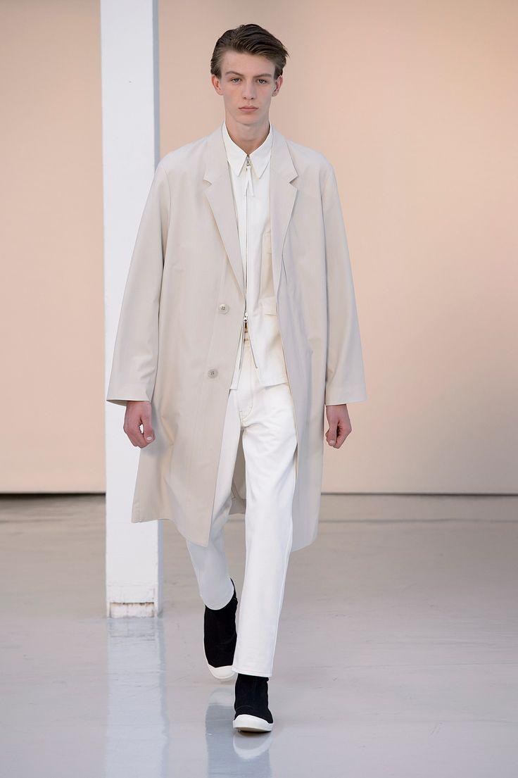 16. Suit coat in water-repellent wool-cotton, four-pocket blouson in heavy cotton poplin, straight denim pants in cotton denim, high cut sneakers in cotton denim #lemaire