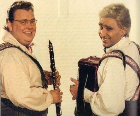 SCTV Shmenge Brothers, the Happy Wanderers