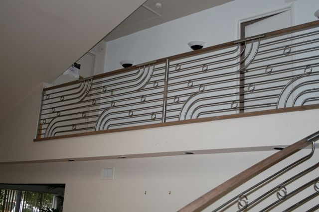 Best Another Interesting Design Instead Of A Plain Handrail It Becomes A Statement In A Room 400 x 300