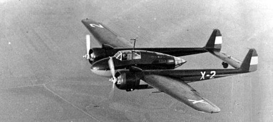 Fokker G.1 in flight (Date and location unknown)