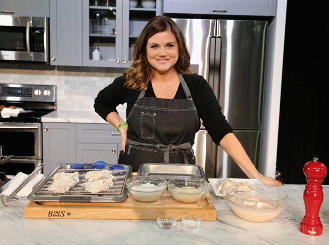 Тиффани Тиссен – ведущая развлекательного кулинарного телеканала Food Network – учит готовить изысканные блюда для ужинов в кругу семьи и друзей на