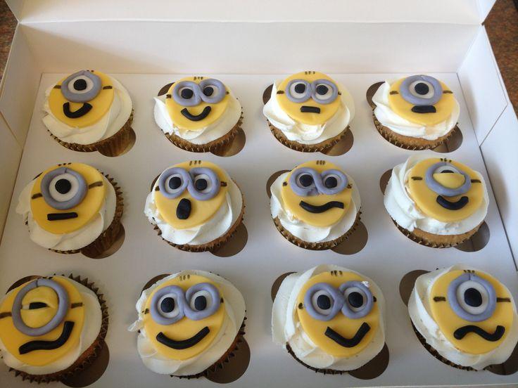 034f2e0eeba7d03fde76f9924d87edbf minion cupcakes cupcake ideas