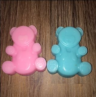 Cute baby shower idea...pink or blue teddy...what shall it be?