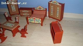Starý nábytek pro panenky  - obrázek 2